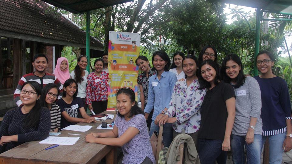 Ulasan: Bincang Sore dari Turiya Educare